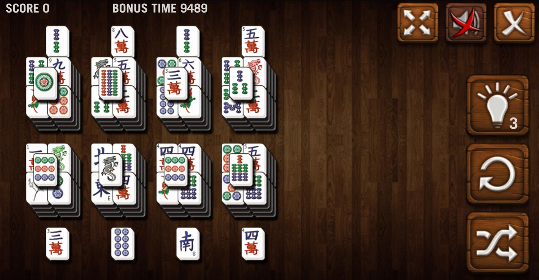 Mahjong Deluxe Game Pyramids Level Screenshot.
